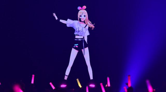 لا لملل العزل المنزلي مع حفلة المغنية الافتراضية Kizuna AI التي أصبحت الآن مجانية!