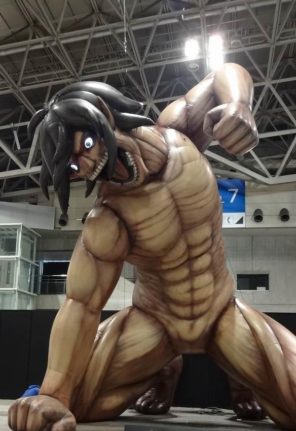 """مجسم """"عملاق"""" جديد لهجوم العمالقة يضرب اليابان هذا الشهر!"""